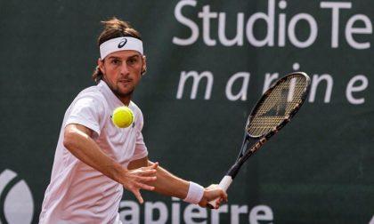 Andrea Arnaboldi ko con Lacko dice addio a Wimbledon