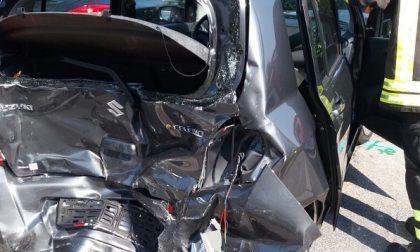 Incidente sulla Regina, tre veicoli coinvolti. FOTO