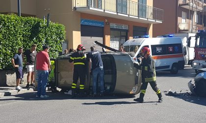Tremendo incidente in centro a Erba