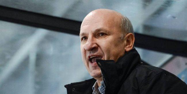 Hocket Como Petr Malkov coach B