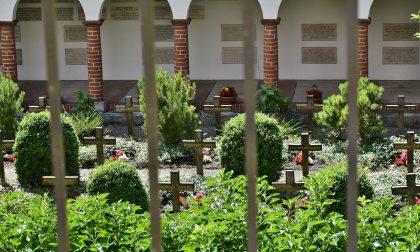 Resti umani al cimitero, area bonificata d'urgenza