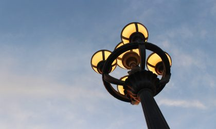 Vertemate senza corrente: problemi con un palo della luce