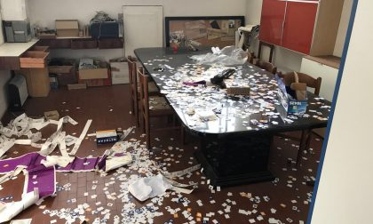 """Pianella devastato dai vandali. Molteni: """"Vigliacchi, pagherete"""". FOTO"""