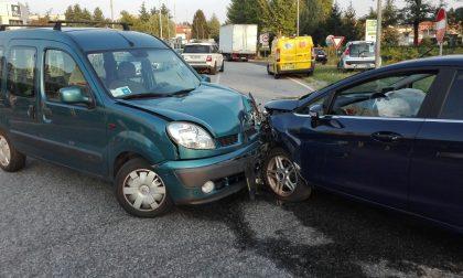 Incidente a Fino Mornasco all'uscita dall'autostrada FOTO