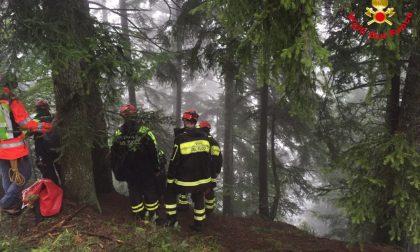 Cercatore di funghi di Ponte Lambro muore a Pagnona
