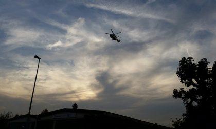 Sirene di notte: incidente a Fenegrò, grave una giovane