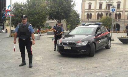 Arrestato a Cantù: incendiava i sacchetti dell'immondizia in centro