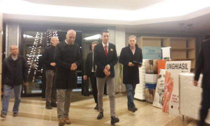 Vincenzo Nibali ospite alla Coiter: bagno di folla ad accoglierlo