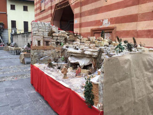 Natale Cabiate tra presepi e mercatini FOTO