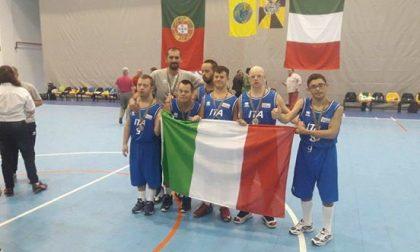 Mondiali di basket sindrome di down: gli Azzurri vincono con un atleta di Fino