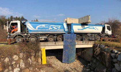Mariano prove di carico sul ponte. Limite di 33 tonnellate