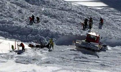Valanga a Bormio è caccia allo snowboarder che l'ha provocata VIDEO