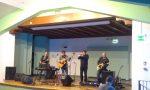 Mauro Settegrani tiene una lezione di chitarra online per sostenere Arci