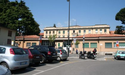 Ospedale di Cantù, pazienti positivi sospesi gli ingressi nel reparto di Medicina