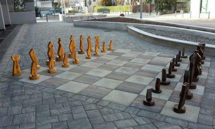 A Merone arrivano gli scacchi comunali