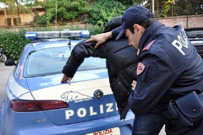 La Polizia arresta un pregiudicato 61enne: maltrattava da tempo la moglie