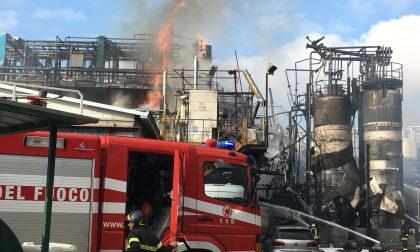 Incendio Bulgarograsso coinvolti alcuni lavoratori FOTO e VIDEO