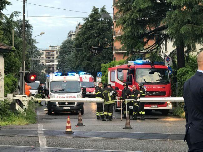 Monza, uomo travolto e ucciso dal treno in via Osculati