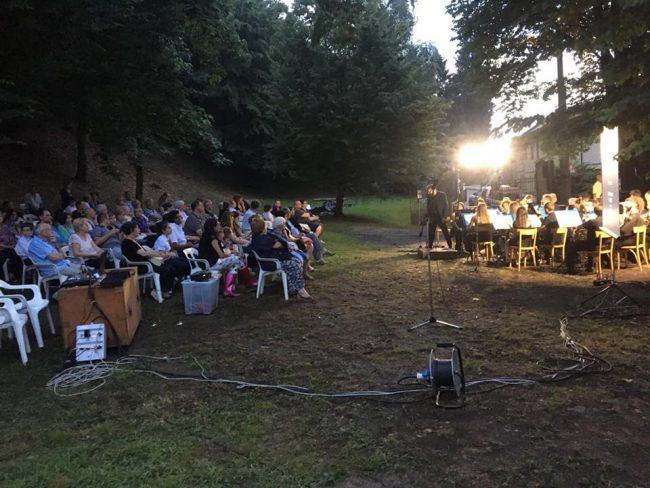 Notte bianca a Cabiate una serata di festa