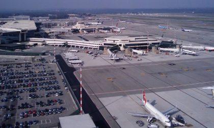Aeroporto Linate chiuso, più rumore a Malpensa: protestano i cittadini