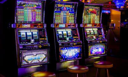 Gioco d'azzardo: sequestrate 4 slot machine irregolari a Laglio e Ponte Lambro