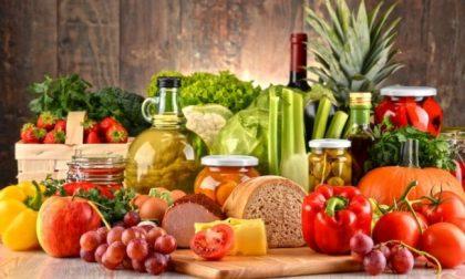 """L'appello di Coldiretti: """"Evitiamo code ai supermercati. Agricoltura pronta a garantire rifornimenti"""""""