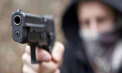 Tentata rapina a Cantù: minaccia madre e figlia con la pistola
