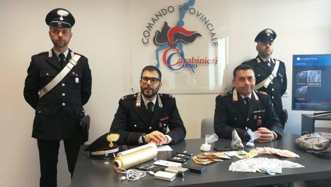 Fermato lo spaccio nei boschi di Gironico: vendute anche 40 dosi al giorno FOTO