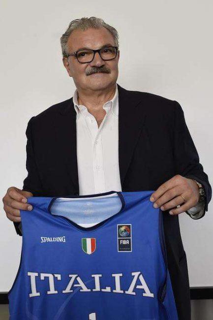 Basket Ct azzurro Romeo sacchetti