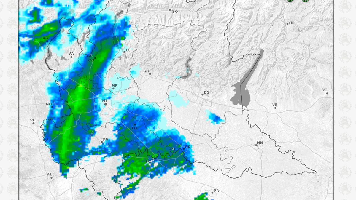 Evoluzione meteo: meno neve del previsto, fiocchi nel Comasco VIDEO