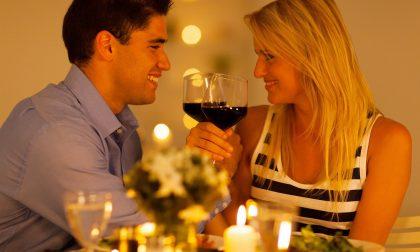 San Valentino, la tendenza per il 2020? Fiori e una cena negli agriturismi lariani