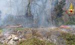 Incendio nei boschi di Figino Serenza e Arosio FOTO