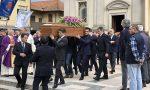 Folla per l'addio a Mario Briccola, fondatore dell'azienda Bric's