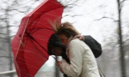 Scordiamoci il sole di ieri: oggi forte pioggia e vento PREVISIONI METEO