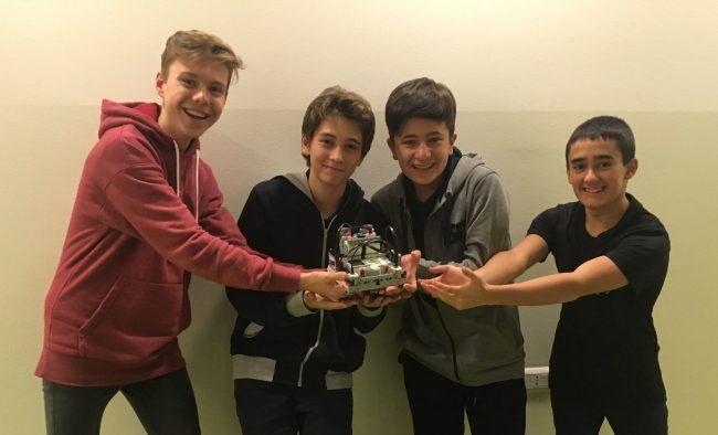 Quattro studenti dell&#8217&#x3B;International School al First Lego League con un progetto per aiutare gli astronauti nello spazio
