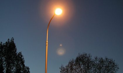 Enel Sole addio, l'illuminazione di Como passa a City Green light: ecco come segnalare guasti