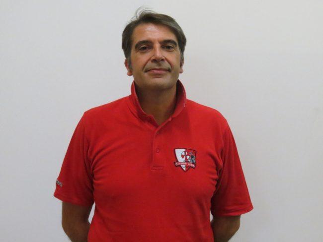 Basket femminile coach Cosimo DE Milo in azzurro