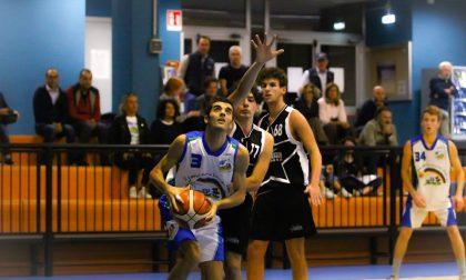 Basket giovanile a segno all'esordio Le Bocce Erba e Giardino Orsenigo