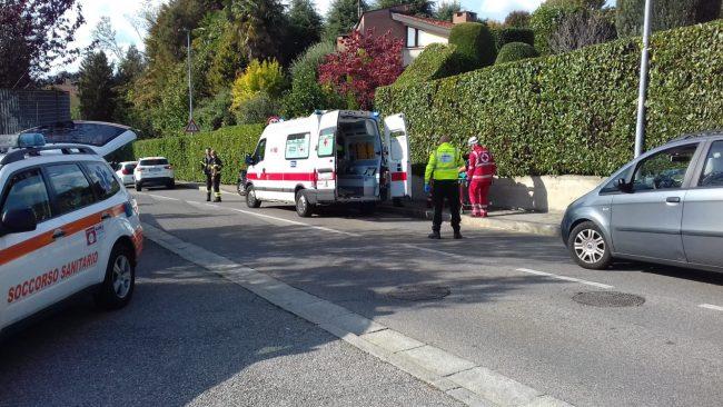 Incidente a Cantù scontro tra un'auto e un furgone