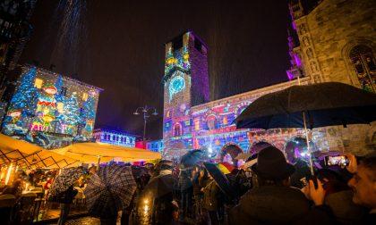 Si è accesa la Città dei Balocchi 2019: Como risplende con le luci del Natale FOTO