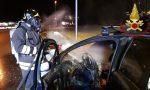 Auto in fiamme a Fino Mornasco FOTO