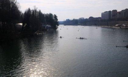 Canottieri Lario remi bianconeri protagonisti alla D'Inverno sul Po