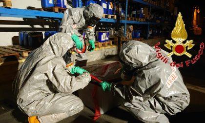 Sversamento di acido a Casnate: intervento di contenimento dei Vigili del Fuoco FOTO