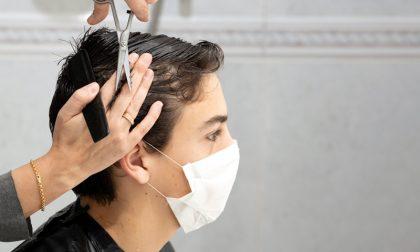 Riaprire parrucchieri e centri estetici anche in zona rossa: la petizione