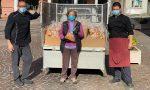 Miracolata due volte, ringrazia San Gerardo distribuendo 2.500 panini benedetti FOTO