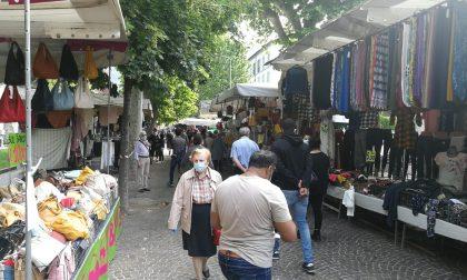 Lombardia zona rossa: si ferma il mercato mercerie di Como