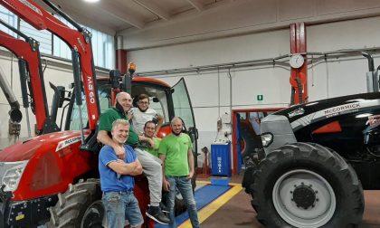 Paralizzato dopo un incidente: realizza il suo sogno tornando a guidare il trattore STORIE SOTTO L'ALBERO