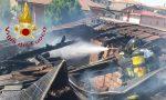 Tetto in fiamme a Muggiò: tre squadre di pompieri per domare l'incendio FOTO