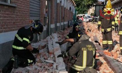 Dramma nel Varesotto: crolla un tetto, muoiono mamma e due bambini