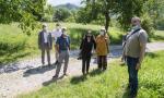 La Commissione Antimafia in visita ad un terreno confiscato a Caslino d'Erba